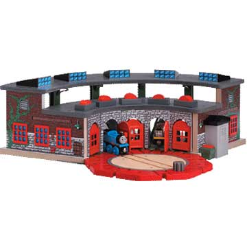 Deluxe Roundhouse and Turntable - Thomas & Friends Wooden Railway